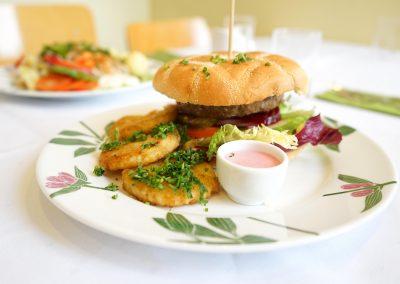 Viltburger med reinsdyrkjøtt